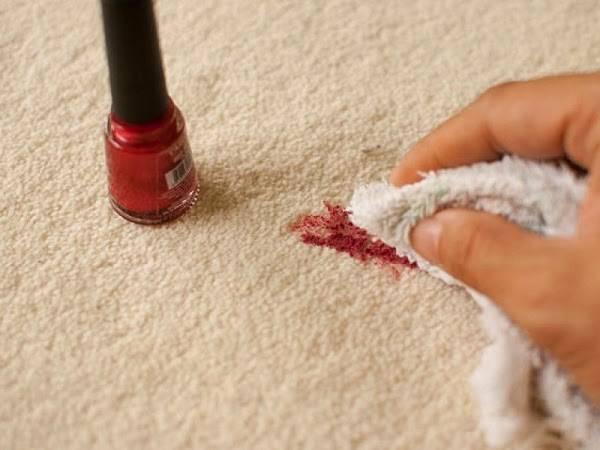 تنظيف الكنب من البقع